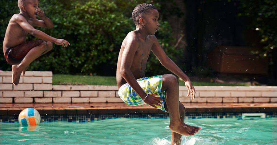10 Tips for Conserving Water When It's Warm