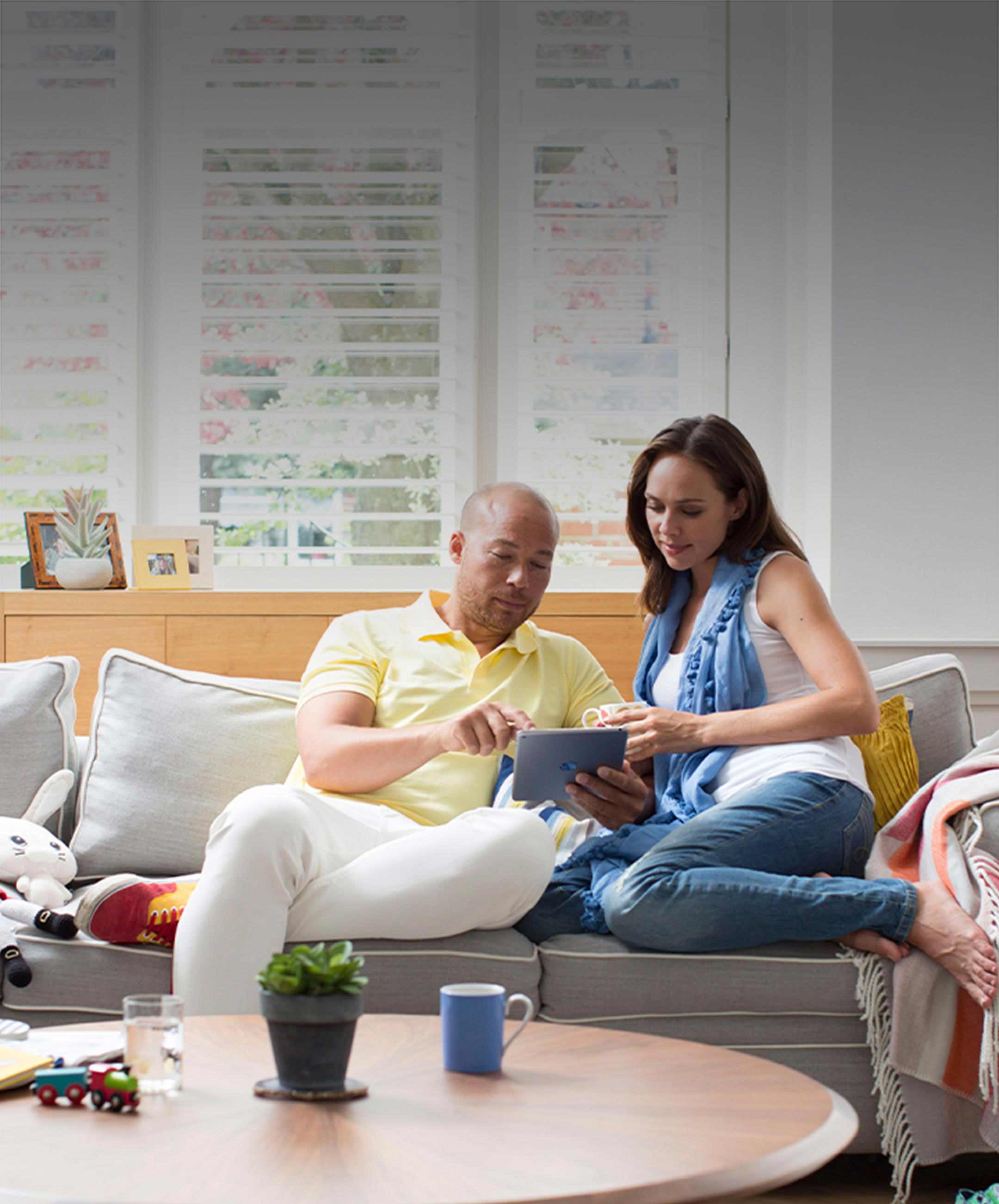 Connect your different smart home devices via the Honeywell Home App.