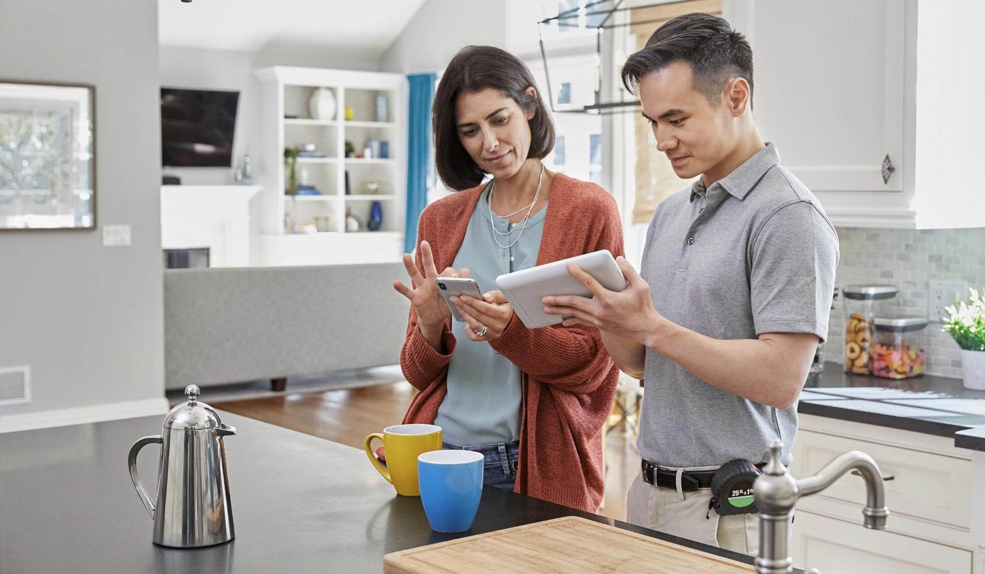 Helping customers connect the indoor air system together with RedLINK® technology